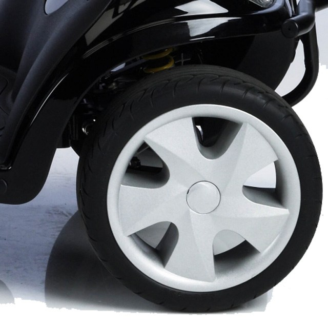 Kymco Maxi XLS - Optional Soft Roll Puncture Free Tyres